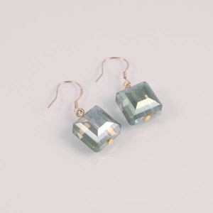 http://opearlbrands.com/141-206-thickbox/earrings-030.jpg