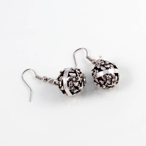 http://opearlbrands.com/211-278-thickbox/earrings-100.jpg