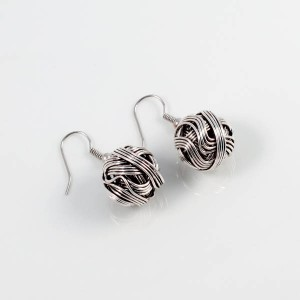 http://opearlbrands.com/212-279-thickbox/earrings-101.jpg