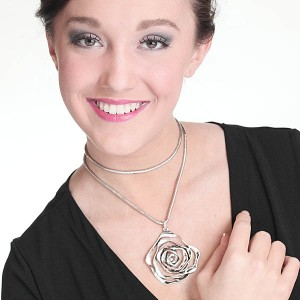 http://opearlbrands.com/274-385-thickbox/rose-silver-necklace-.jpg